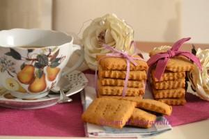 come preparare in pochi minuti dei biscotti per la colazione buoni e sani