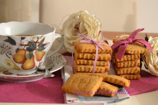 Biscotti della colazione al miele