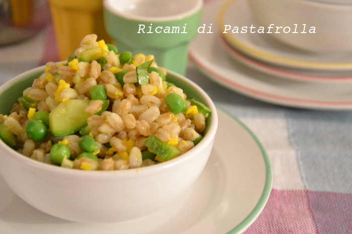 Insalata di farro in verde al profumo di curry