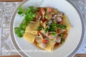 Primi piatti pesce, vongole, moscardini, paccheri
