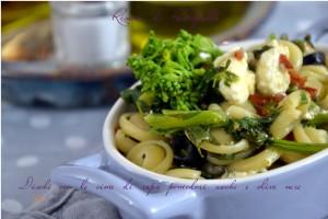 ricette vegetariane, primi piatti, verdura, olive nere