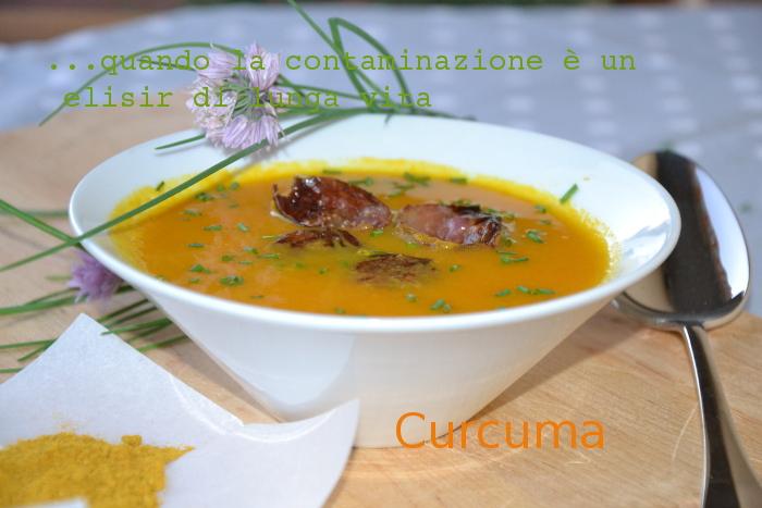 zuppa, carote, curcuma, light, ricette veloce,