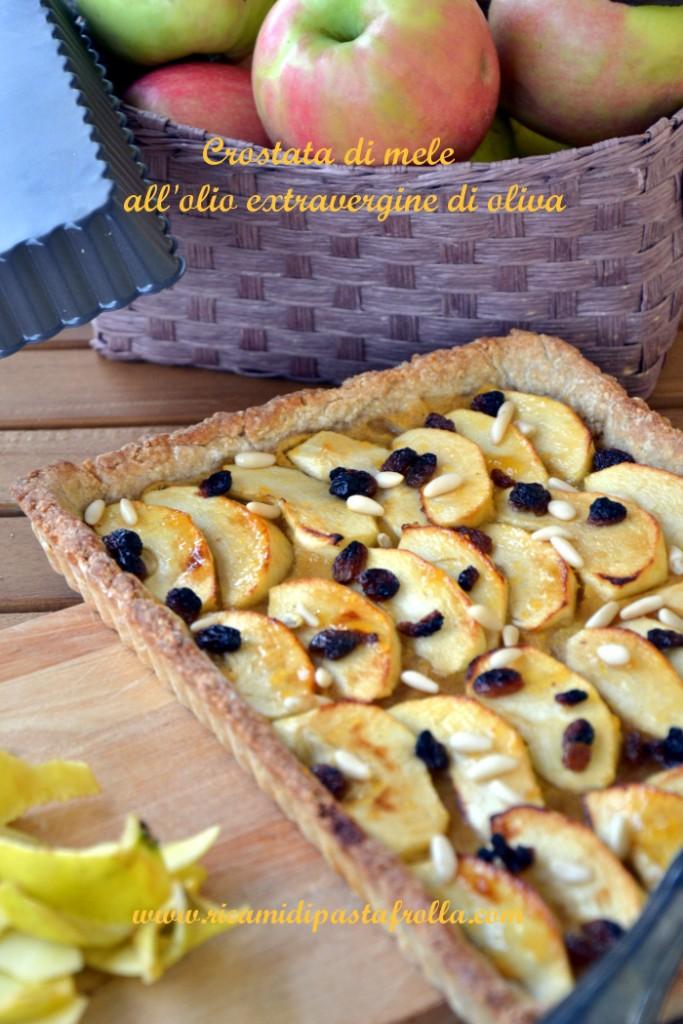 Crostata rustica con mele uvetta e polpa di pesche sciroppate