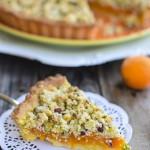 Crostata con albicocche e pistacchi
