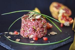 ricami di pastafrolla, tartare, battutta di chianina, secondo piatto, carne cruda,