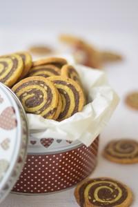 biscotti al caco, biscotti da inzuppo, ricetta biscotti fatti in casa,