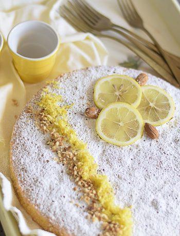 caprese al limone, dolce mandorle e limone.gluten free