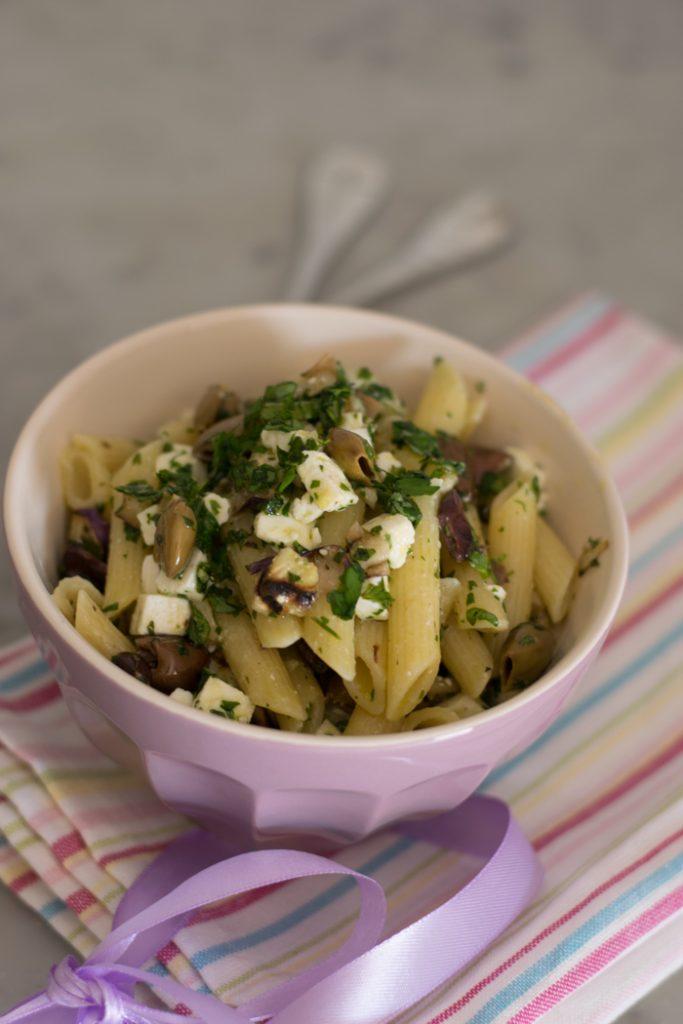 penne alle melanzane grigliate olive e feta