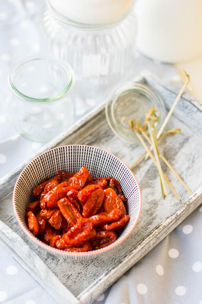 ricami di pastafrolla, ricette pomodori, conservare pomodorini, pomodorini essicati, ricette homemade, ricette dispensa