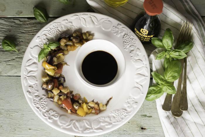 caponata, salsa di soia, kikkoman