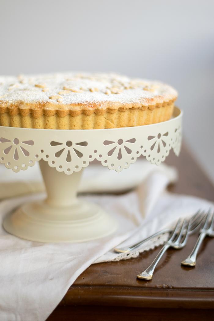 torta della nonna, dolce crema, merenda, dolce tradizione, ricette di famiglia,