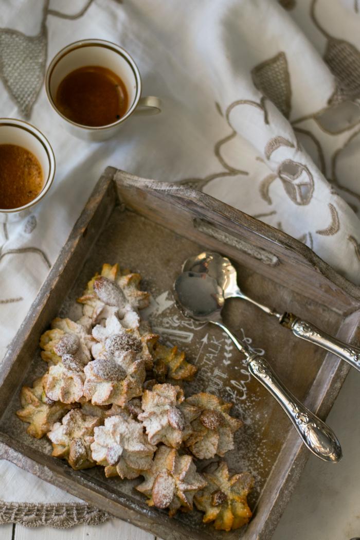 biscotti mandorle, veloci, ricette facili, sac a poche,