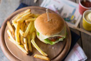 ricetta hamburger fatto in casa, come fare l'hamburger, hamburger di Chianina