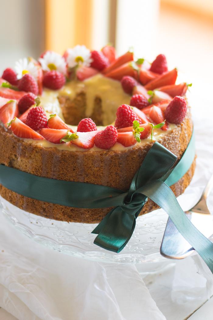 dolce festa compleanno, fluffosa, lamponi, dolci lamponi, emanuela martinelli, ricami di pastafrolla, chiffon cake