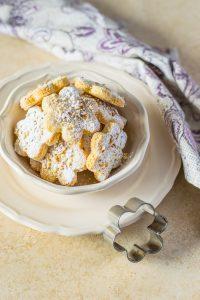 ricetta prepreparare i biscotti alle mandorle
