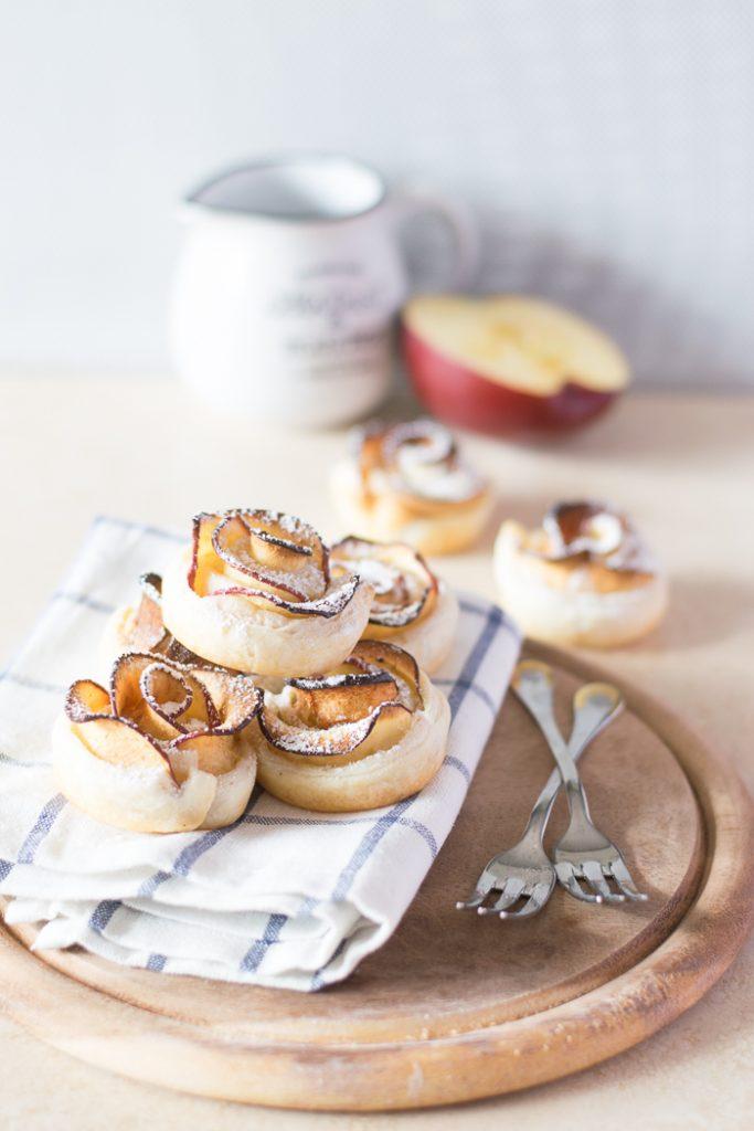 roselline di mele con la pasta sfoglia