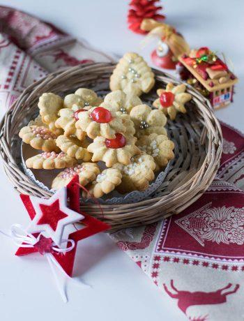 biscotti frollini preparati con la spara biscotti