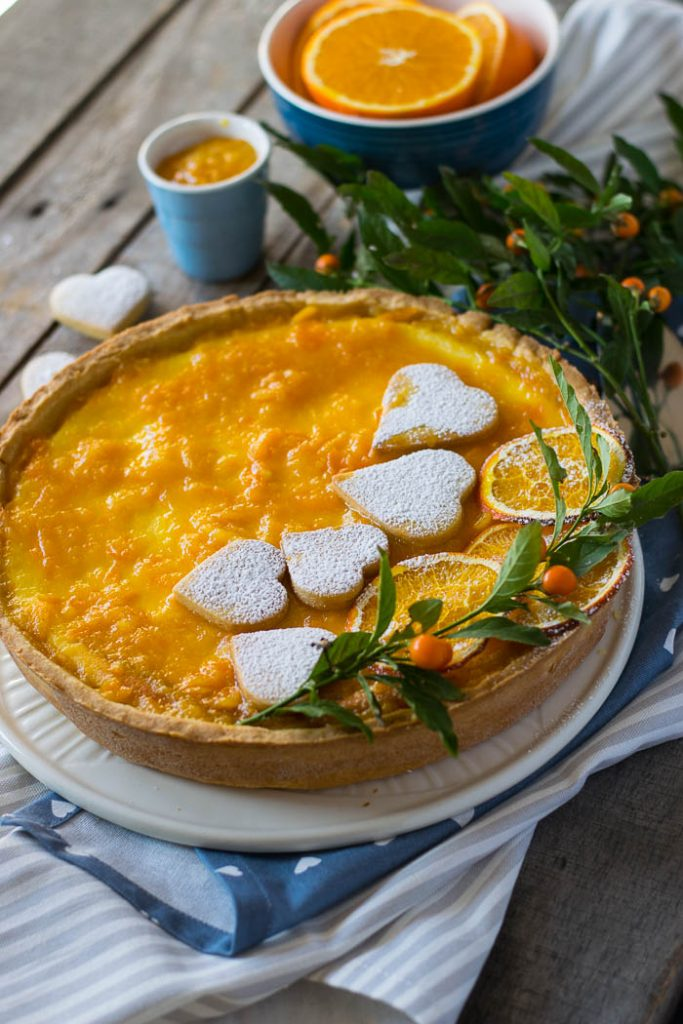 crostata con crema di ricotta e marmellata di arancia