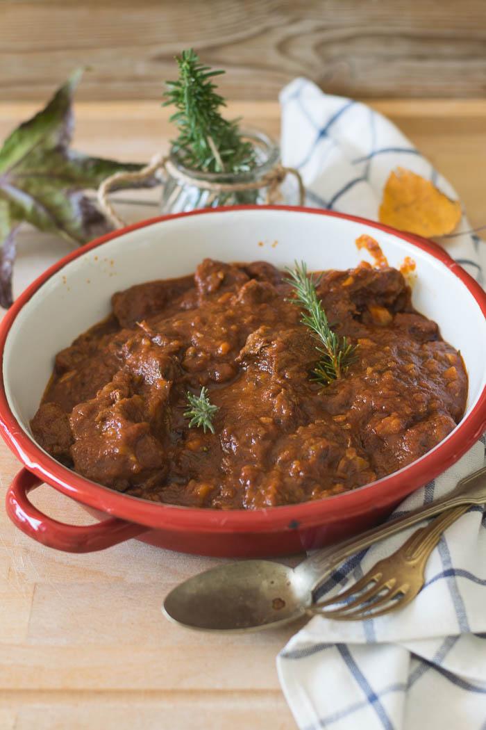 ricetta toscana, spezzatino, cottura lenta, ricetta sicura dello spezzatino alla toscana,