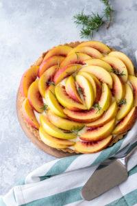 crostata con frutta fresca e crema pasticcera