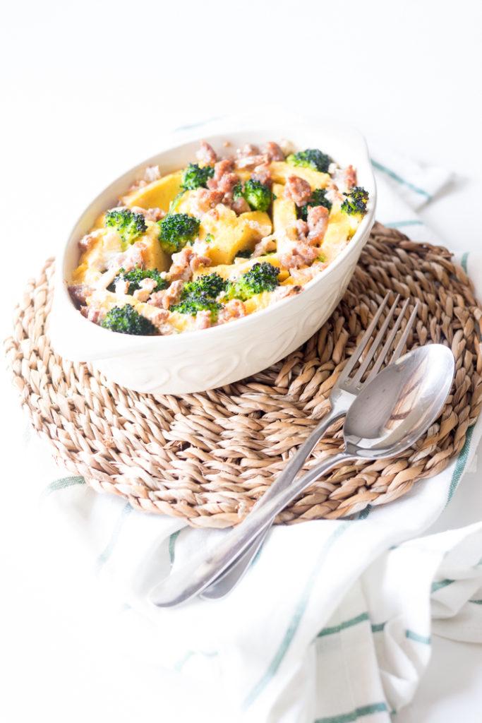 polenta al forno con salsiccia broccoli e camembert