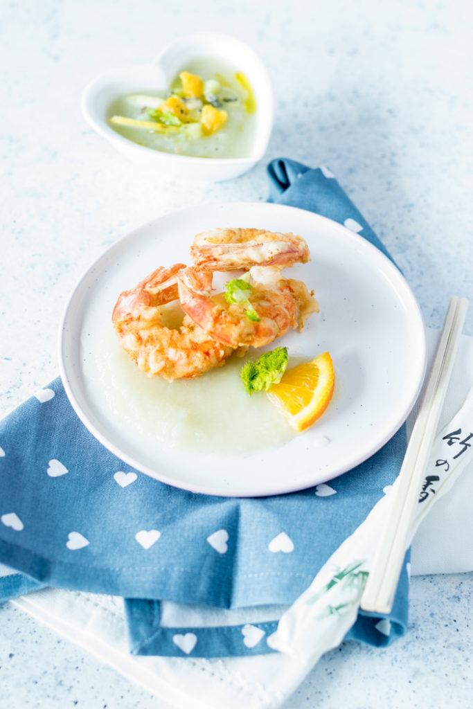 tempura di gamberi con crema di finocchi e agrumi