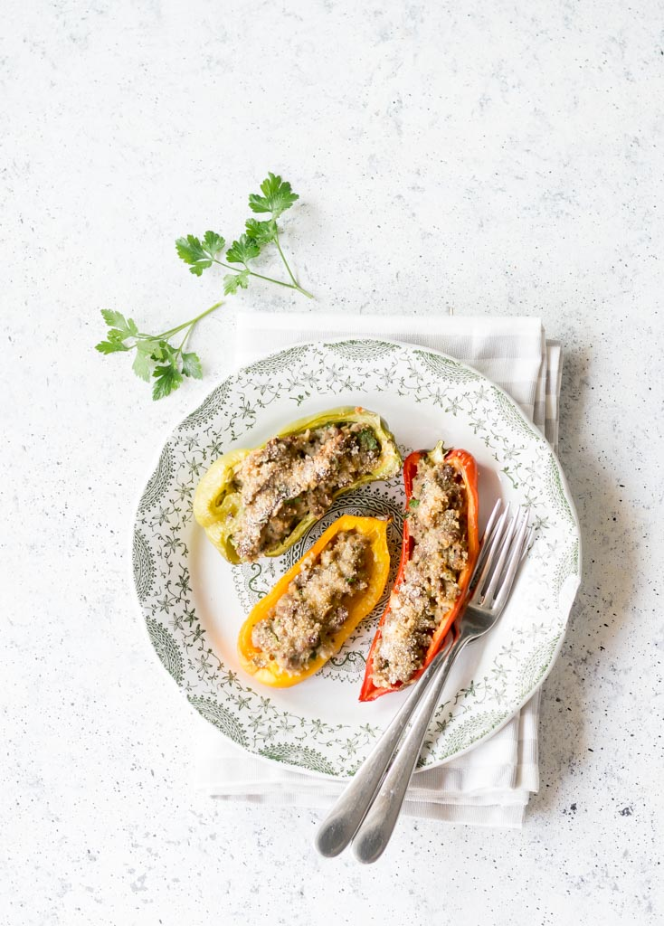 peperoni al forno con ripieno di carne
